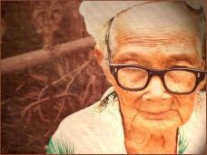 OldWomanGlasses